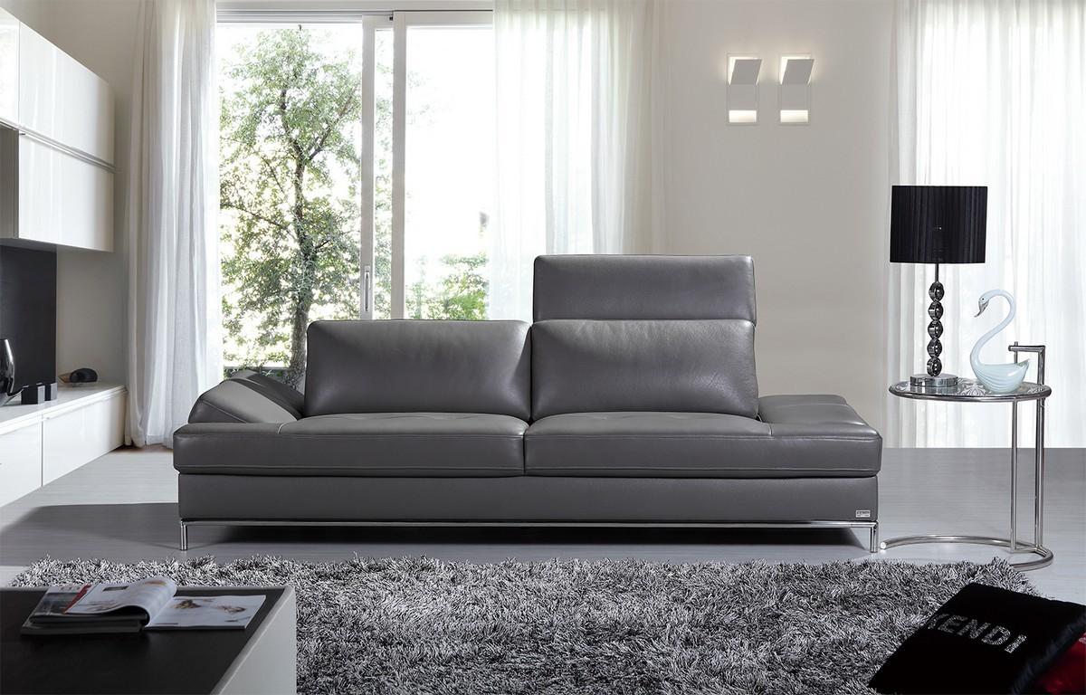 Top 10 tips on applying the modern look in your home la furniture blog - Contemporary sectional sleeper sofa a good choice for your home ...