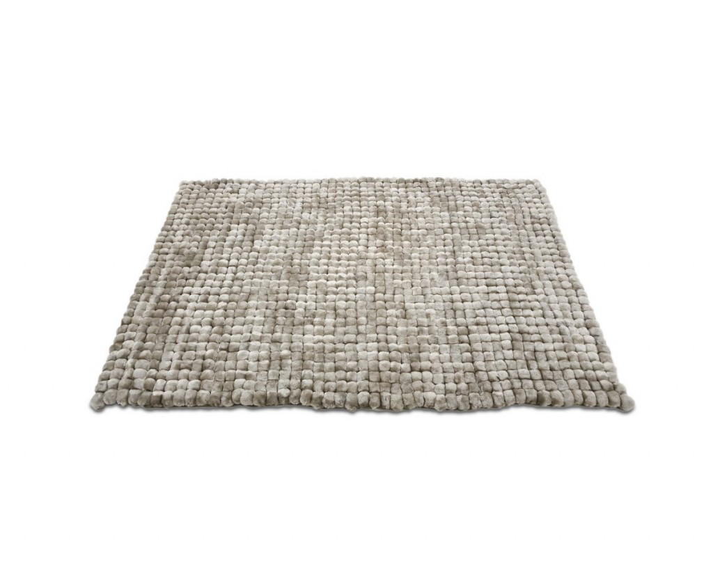 Liven up your home with area rugs la furniture blog for Can you put an area rug on carpet