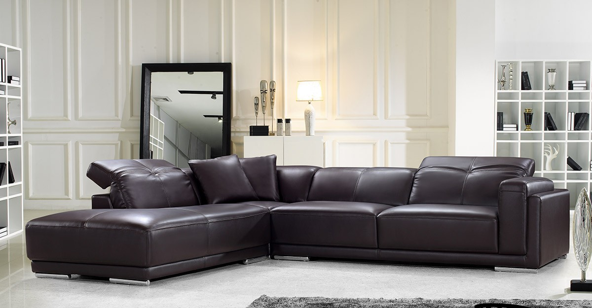 should you choose a leather sofa or a fabric sofa to help you make a decision we have outlined the differences between these two based on durability