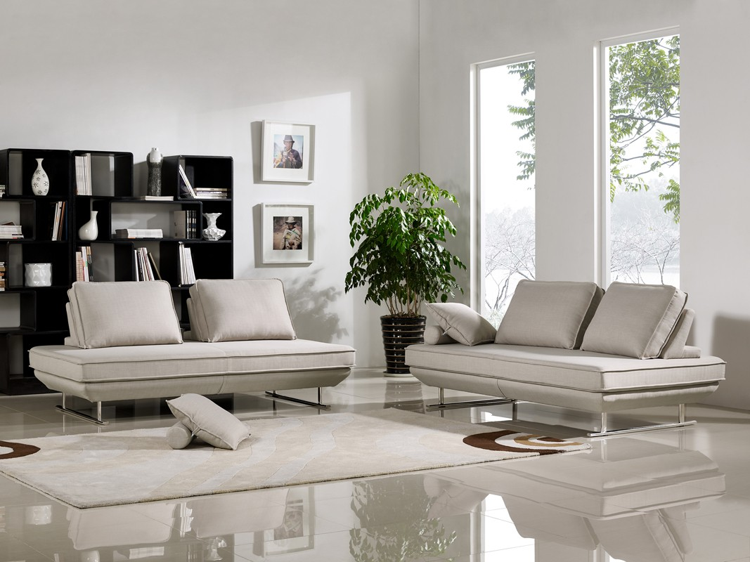 6 basic rules for modern living room furniture arrangement for Modern living room couches