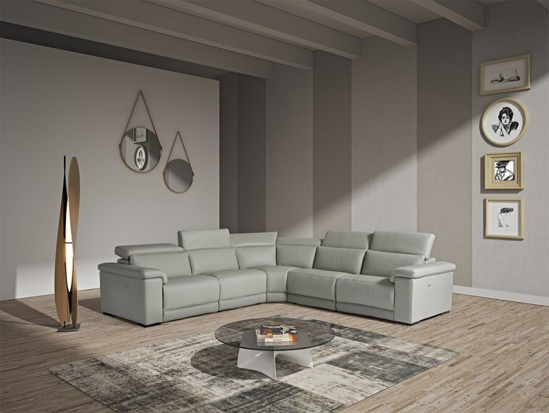 Accessories to Match Sleek Modern Living Room Furniture - LA ...